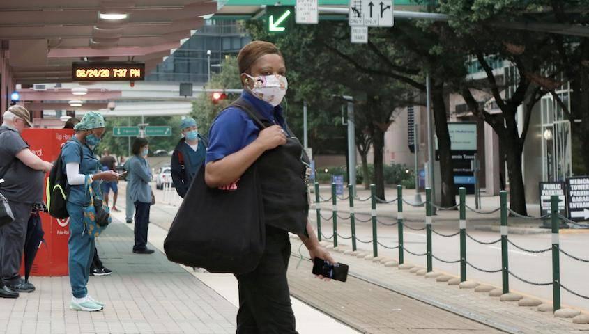 美国年轻感染者激增,谁该为疫情反弹背锅? 国内新闻 第3张