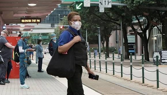美国年轻感染者激增,谁该为疫情反弹背锅? 国内新闻 第1张