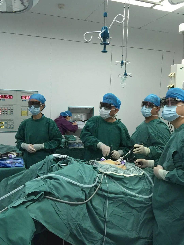 以新技术挽救新生命的行动为党的生日献礼||孝义市人民医院开展首例3D腹腔镜下脾破裂切除术