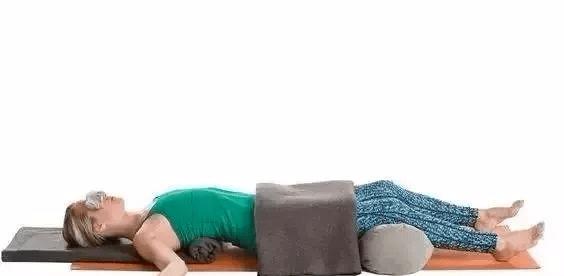 夏天练完瑜伽,这 5 件事千万不要做!尤其要注意!