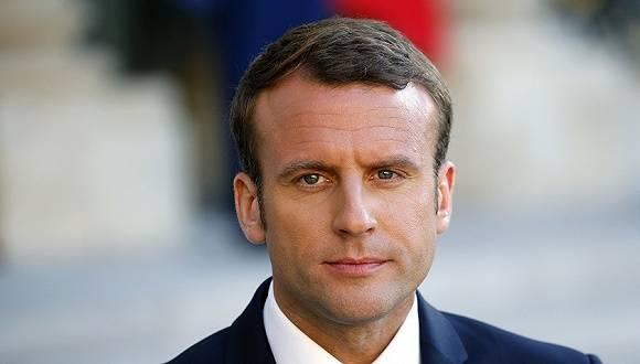 内政部长被控强奸,马克龙新内阁任命激怒法国女性