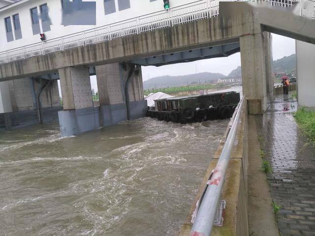 汛期又有船卡桥的危险情况吗?常州交通