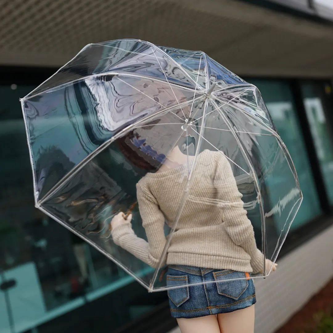 日本透明雨伞女生