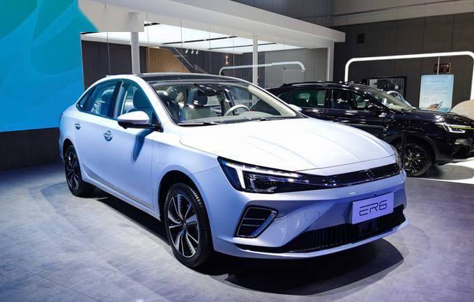 荣威R标首款车ER6预售16万起 续航620km/9月上市