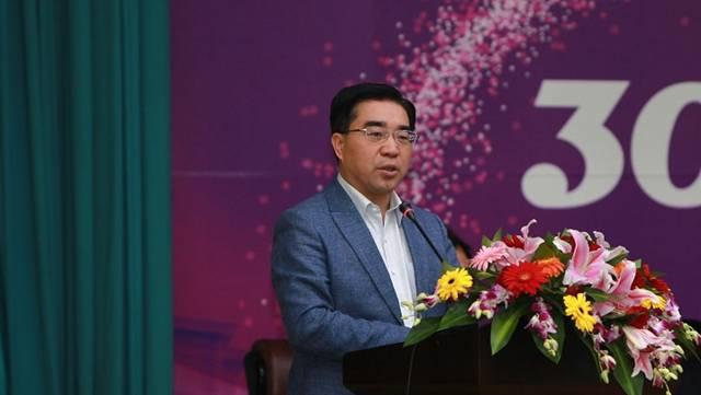 独家专访盛斌:疫情改变国际贸易格局,人工智能成关键技术