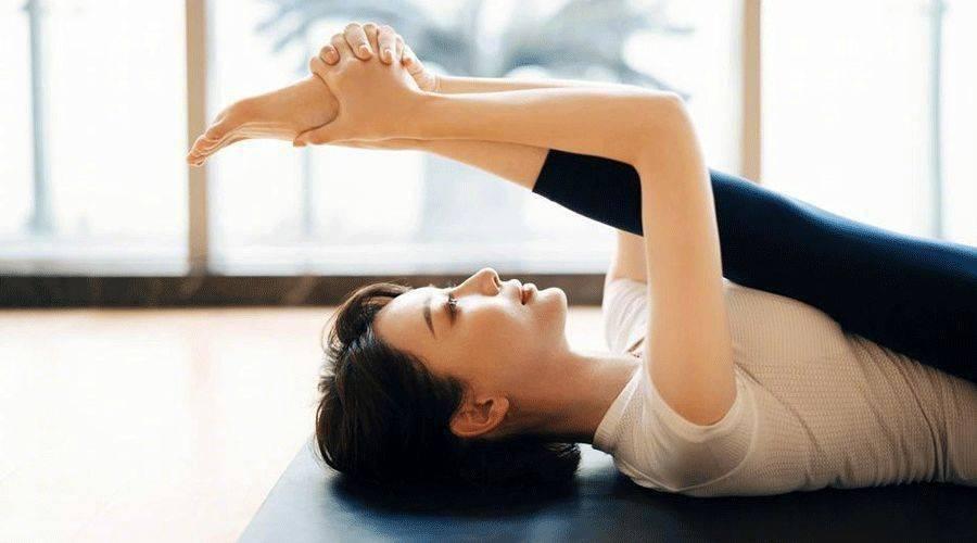 瑜伽练习中,腹部的状态除了收紧,还有这2种状态,你知道吗?