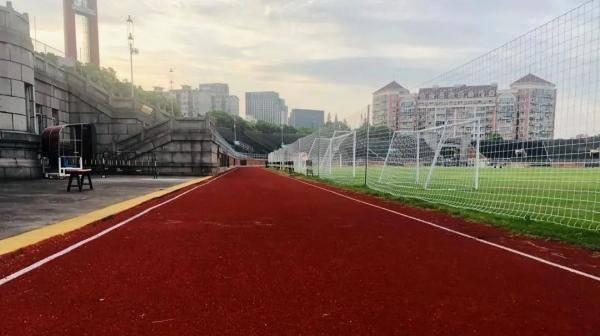 【便民】杨浦江湾体育场健身步道明起开放啦!