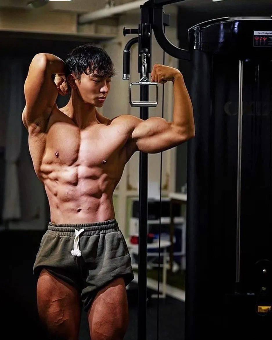 20个常见健身错误动作图解,你都做对了吗?