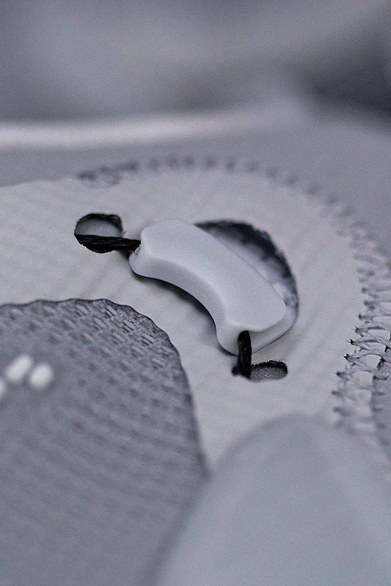梦寐以求的酷炫功能!Nike 终于把它做出来了!路人全盯着我的鞋!插图(13)