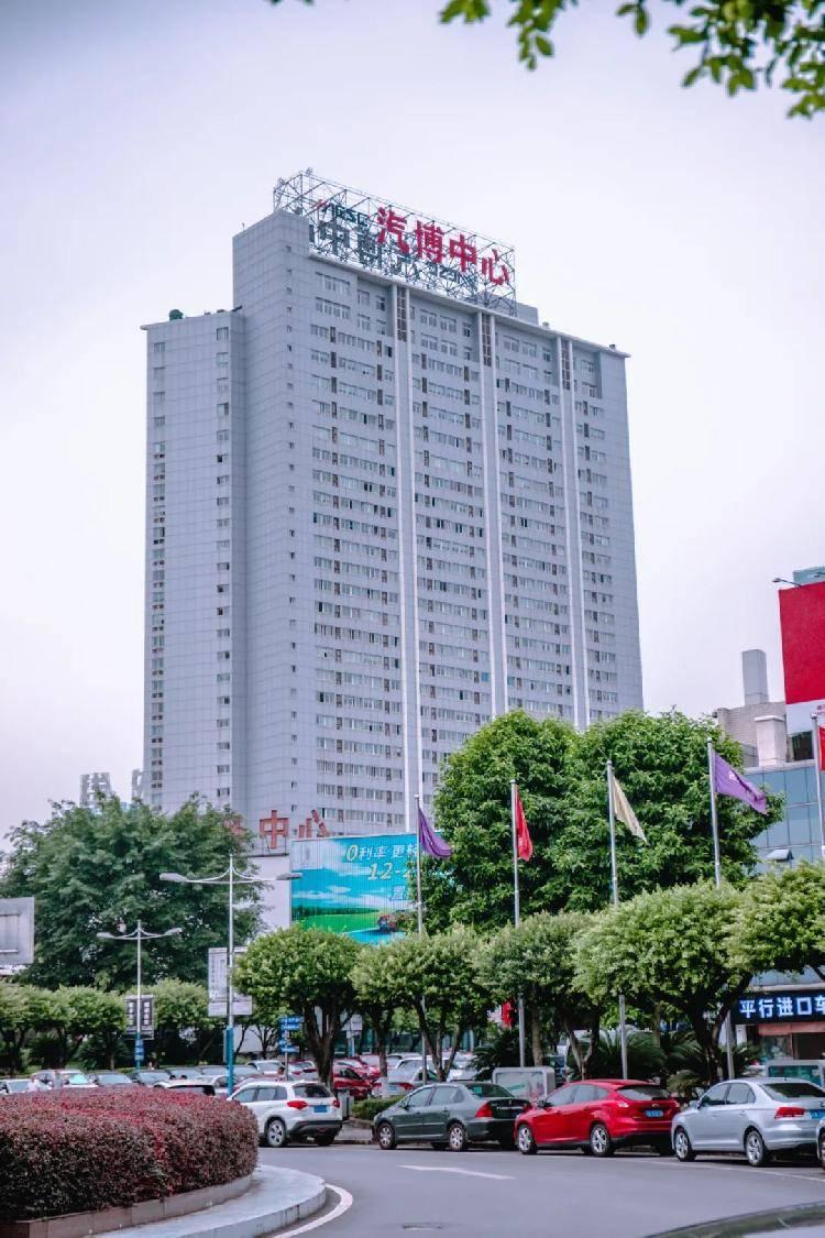 """重庆唯一汽车城,汽博15年""""逆袭""""史!"""