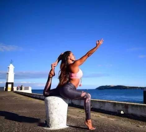 13个打开心轮的瑜伽体式,柔韧脊柱疏通乳腺!(收藏级)