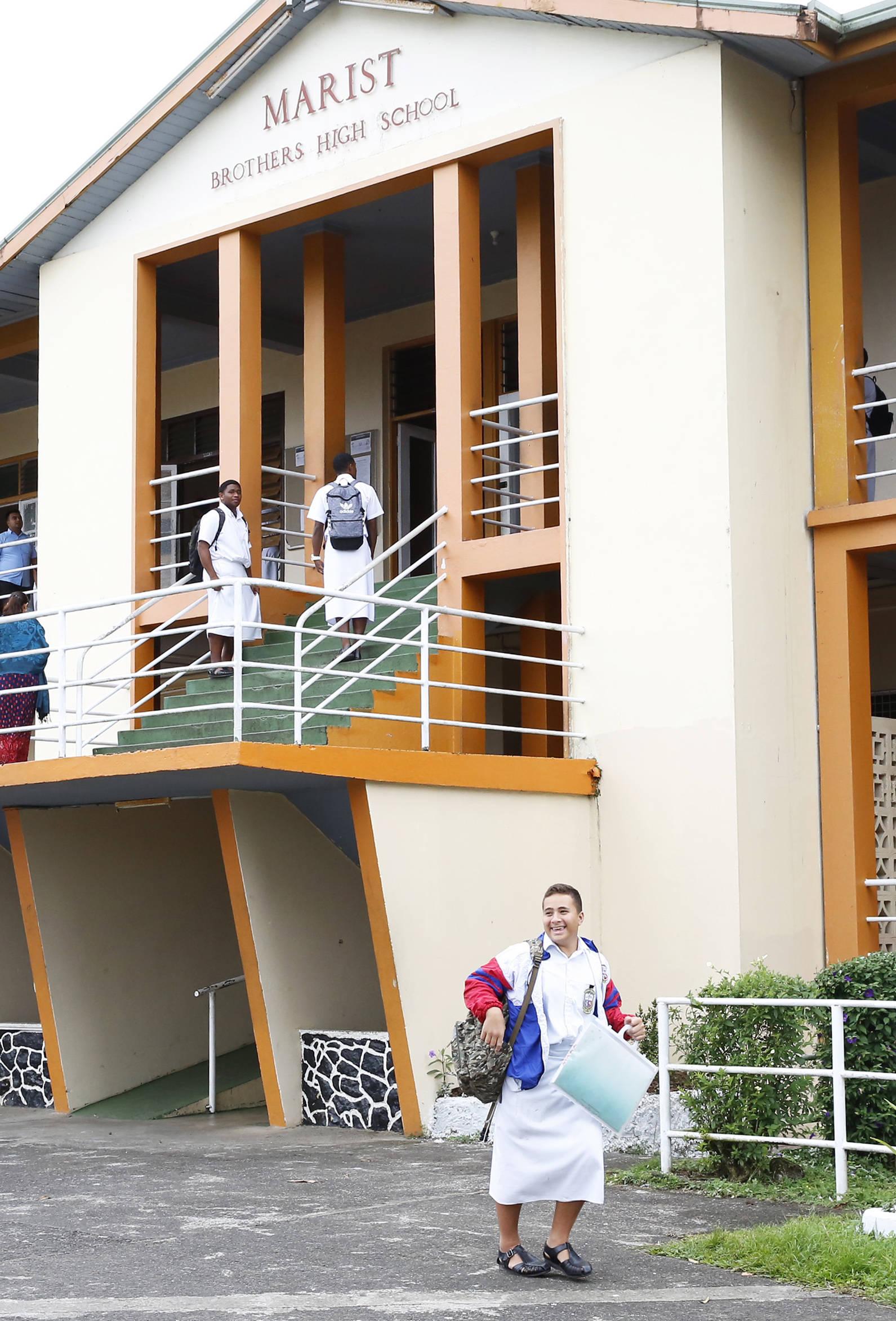 斐济:学校陆续开学