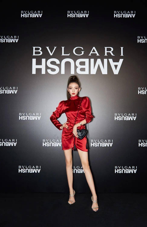 BVLGARI的新包派对太炸,宋妍霏新代言我服!【每周时报】