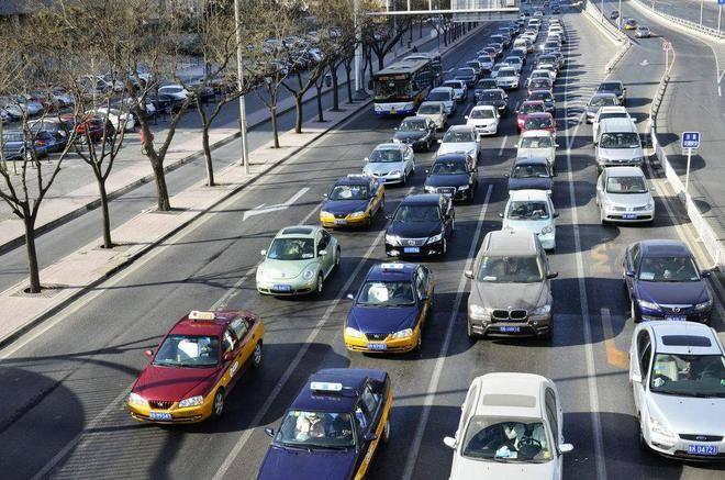8月国内车市销量218.6万辆同比增长11.6%