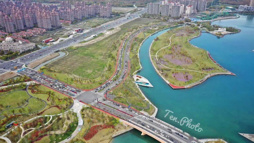 《【天游注册链接】上海之鱼十二年变迁史,看他如何跃然于金海湖之上》