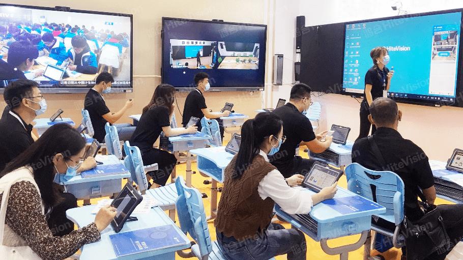 """装备赋能教育!聚焦教育信息化2.0,一起来看山东省教育装备展上的""""黑科技"""""""