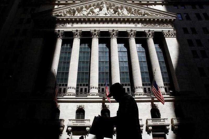 美股收盘走低;停止收盘道琼斯工业平均指数下