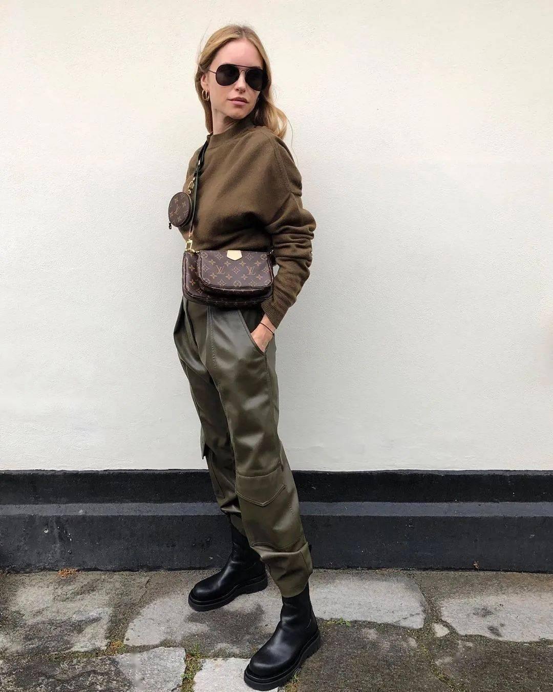 马丁靴+裙子,马丁靴+工装裤……又酷又撩,时髦炸了!     第30张