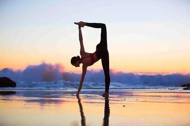 当你以这样的心态练习瑜伽,你的生活就更完美了..._激励