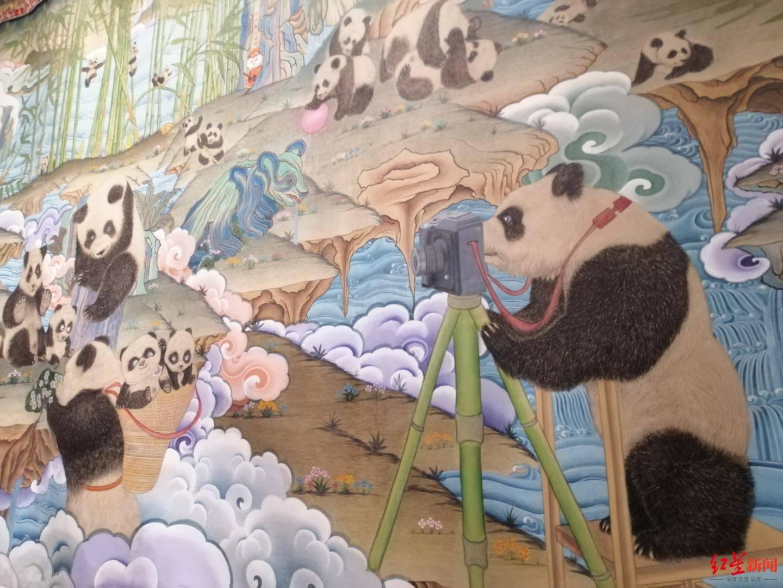 40名艺术家创作一年 让600只熊猫爬上172米长巨幅唐卡