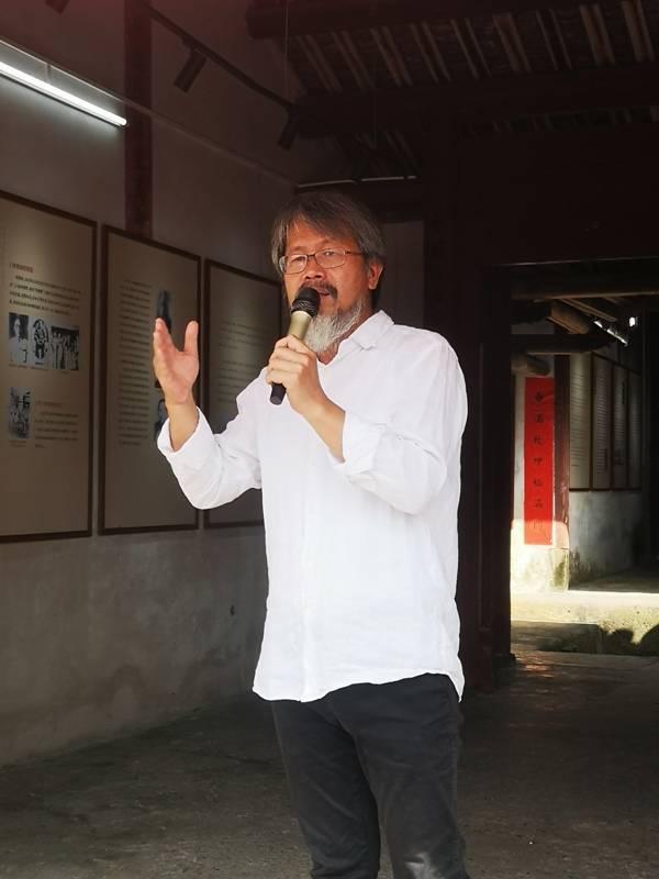 """""""原乡人的血,必须流返原乡!""""台湾著名作家钟理和生平事迹展在广东梅县揭幕"""