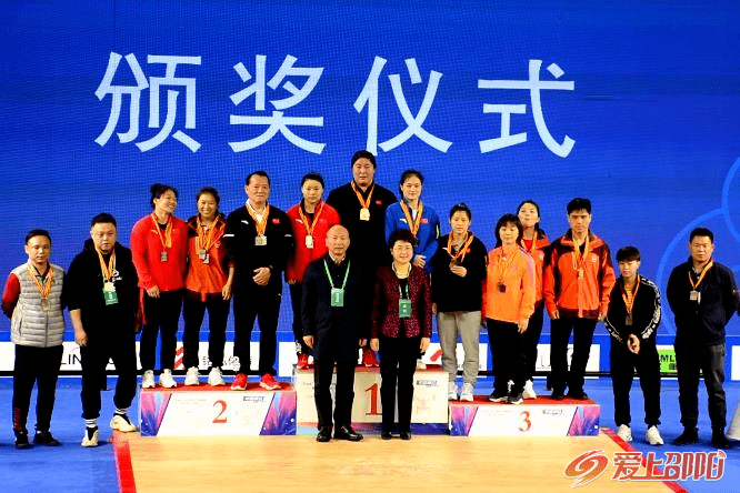 给力!桂阳三名女将在2020全国女子举重锦标赛勇夺冠军!