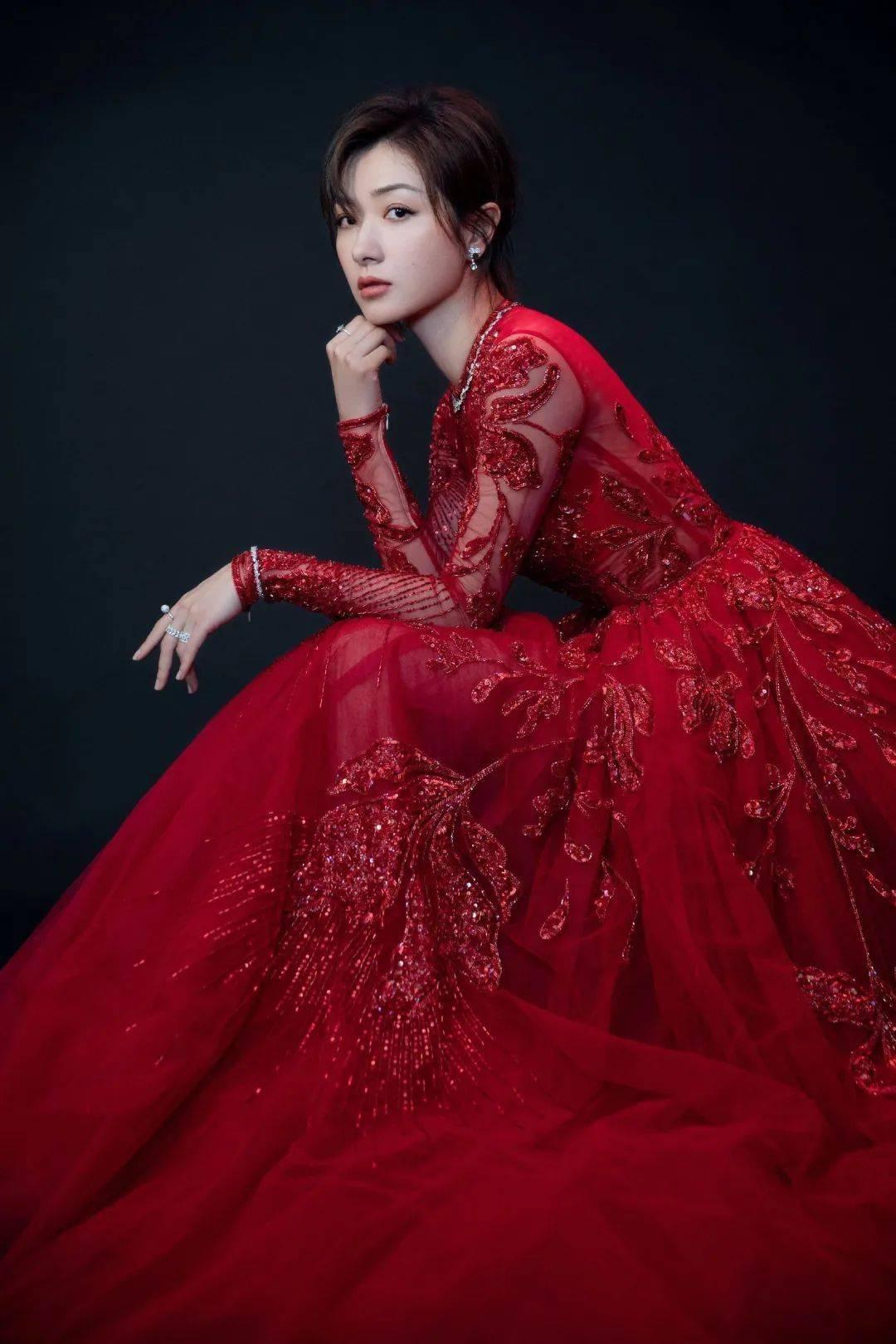 明星穿搭红榜 | 女明星的时尚图鉴,为你的穿搭找点灵感