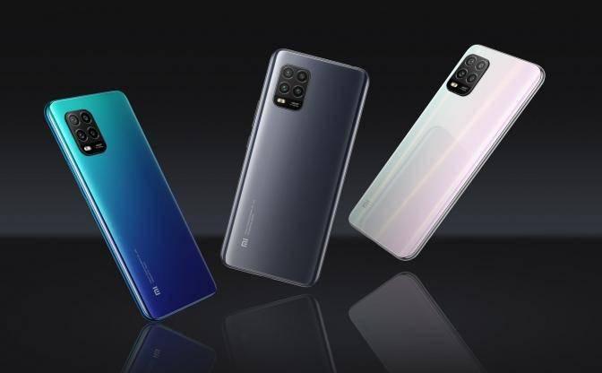传小米、OPPO囤积手机零部件并增产,日本厂商超