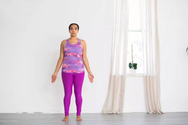 练瑜伽手腕疼?7个简单的练习加强手腕(附动图)