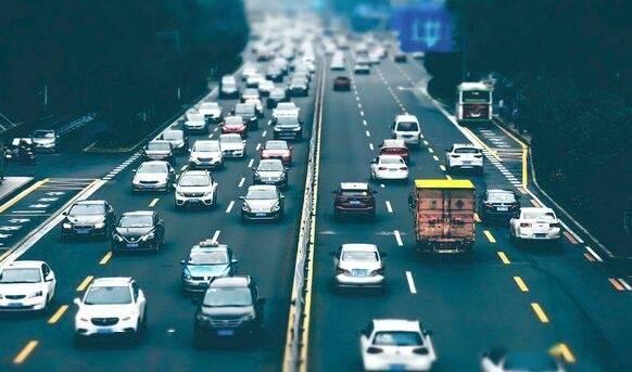 重磅!公安部放宽小型汽车驾驶证申请年龄,70周岁也能考驾照开车了