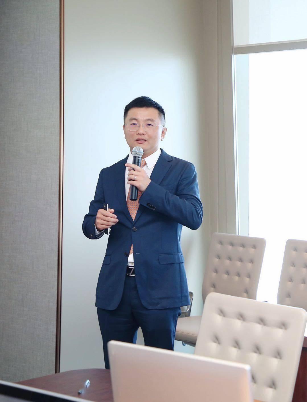 每经专访平安信托固定收益部业务总监陈勇:做