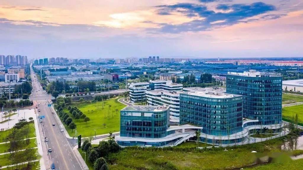 """崇州大数据与人工智能产业迎来""""新机遇"""""""
