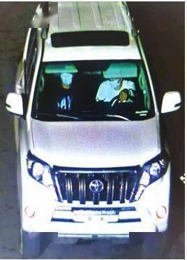 俩贼偷走近十万元汽车配件 警察连续作战抓嫌犯