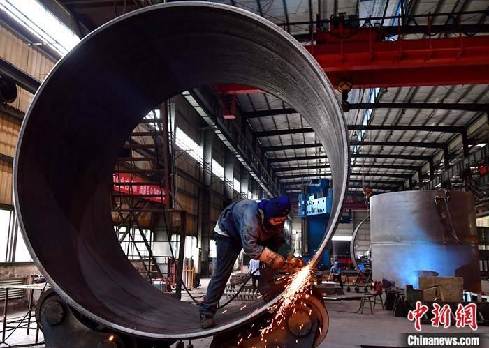 国家统计局:10月份工业生产者出厂价格同比下降2.1%