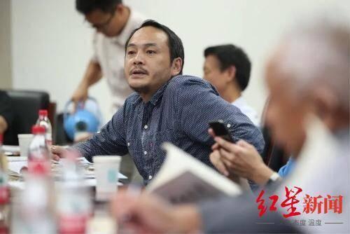红星专栏|霍俊明:老桃陶春,你还欠我一场诗人兄弟的拥抱