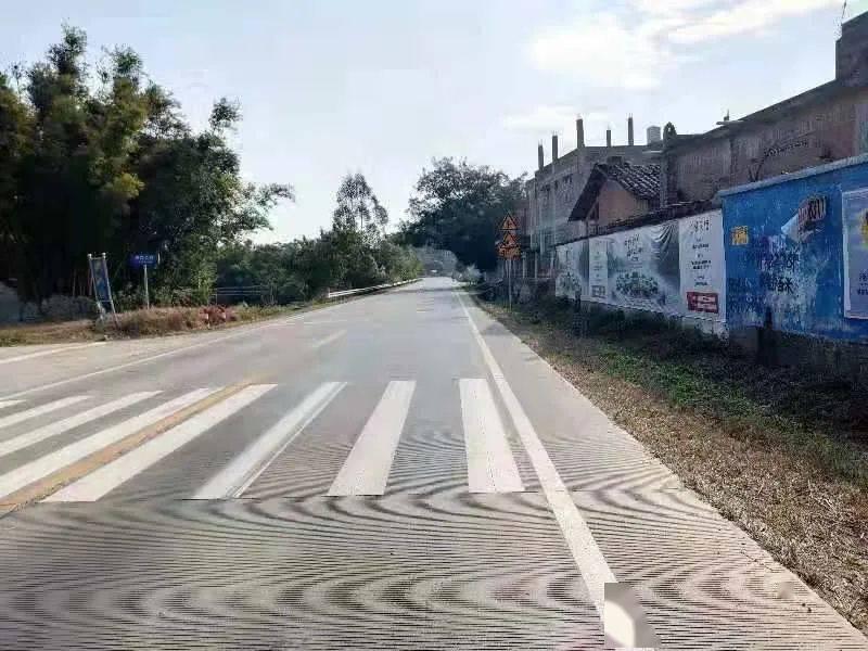 #交通安全# 扩散!钦州2020年道路安全隐患点段公布,经常走的一定要小心