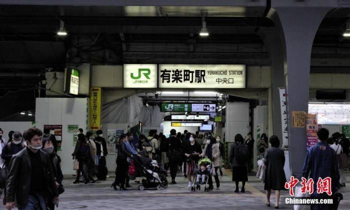 日本新冠累计确诊超12万例,菅义伟:防疫与旅游复苏两手抓