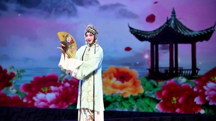 广东广州:第八届羊城粤剧节开幕