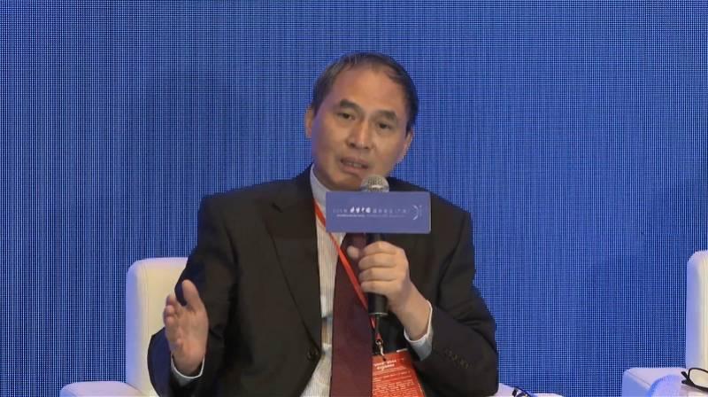 郑永年:城市发展要追求微观宏观的平衡