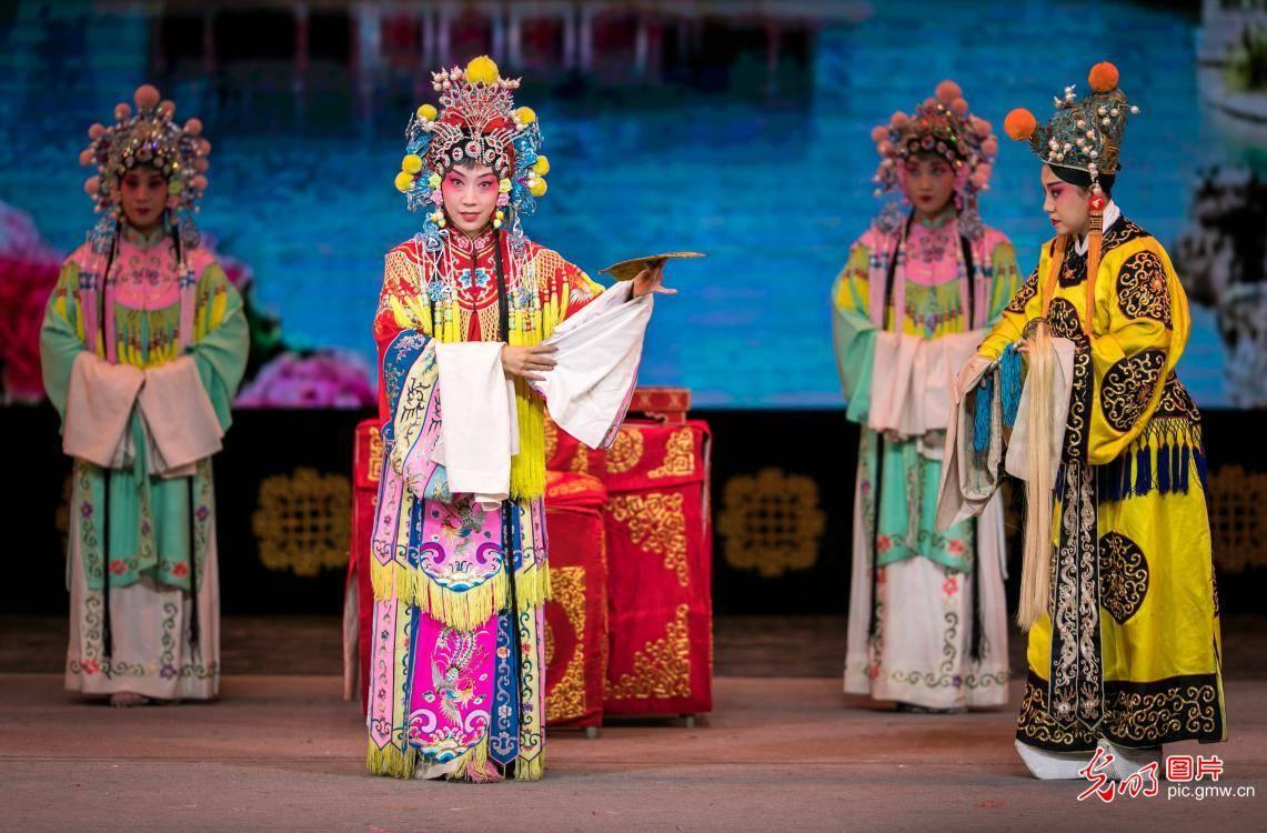 唱响文化惠民大戏