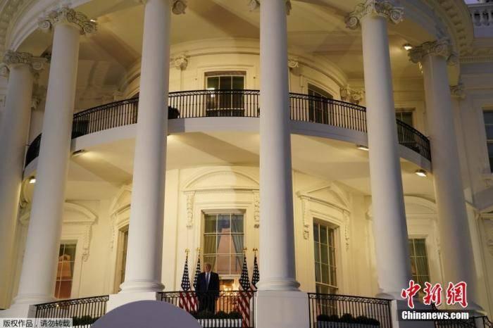 白宫 特朗普已签署新冠疫情纾困法案