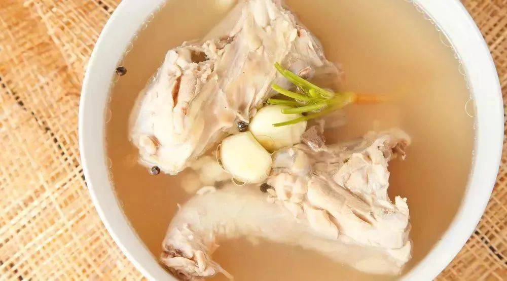 虾皮骨头汤不补钙!真正的补钙食物清单很快就收集好了