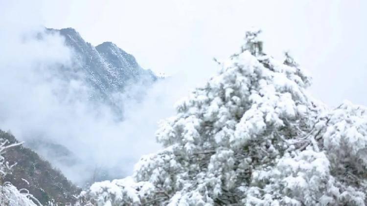 最美开州雪宝山 震撼不过下雪天
