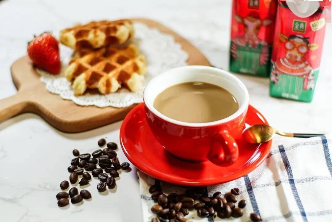 """玩转网红咖啡,精致的""""干饭人""""从这一口冬日限定开始!"""
