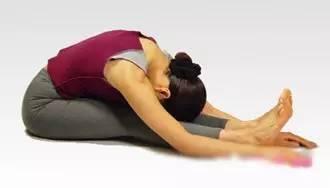 坚持4式瑜伽让你的腰围瘦一圈