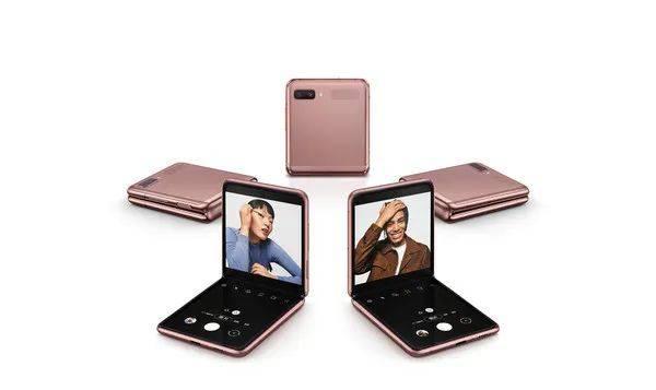 2021年折叠屏手机或迎来大爆发!价格会更便宜吗?