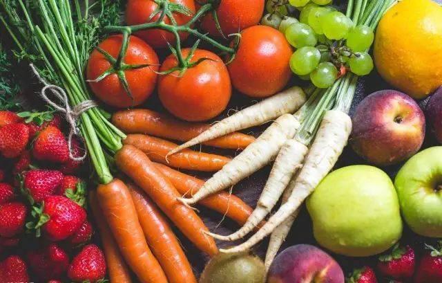 坚持运动我可以,健康饮食怎么做?