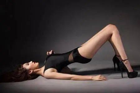 """""""亚娱体育"""" 如何瘦大腿?最关键的一点 这个习惯一定要纠正!(图1)"""