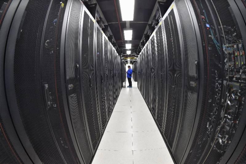 云计算、数据中心高耗能,研究建议互联网企业尽快低碳转型