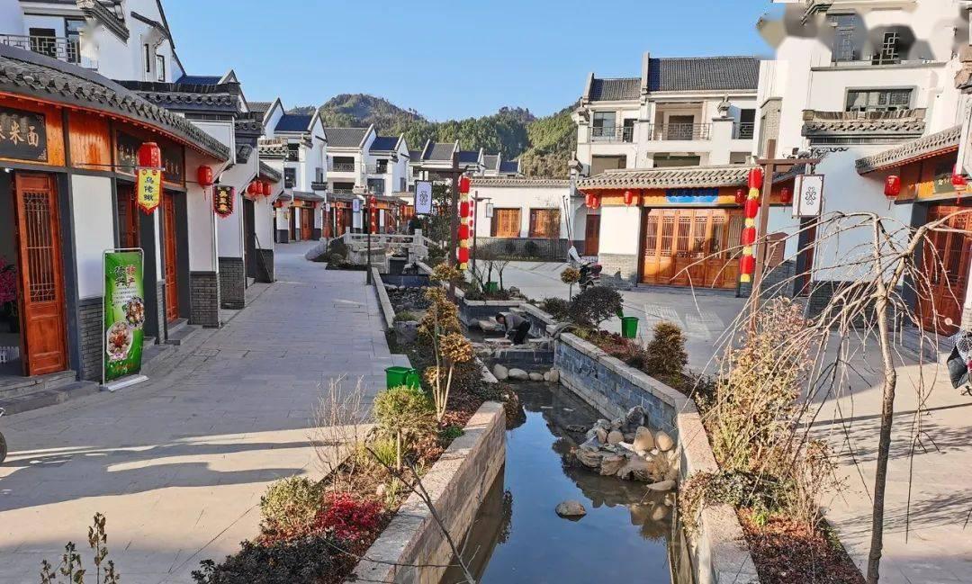 【重点项目建设】天门山民俗文化园项目进入收尾阶段